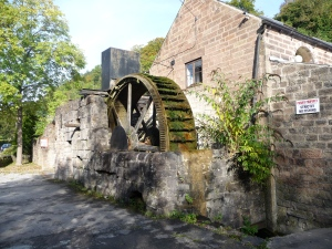 Water wheel next to Scarthin pond , Cromford