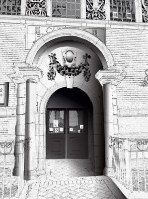 Elegant Entrance to Ilkeston Libary